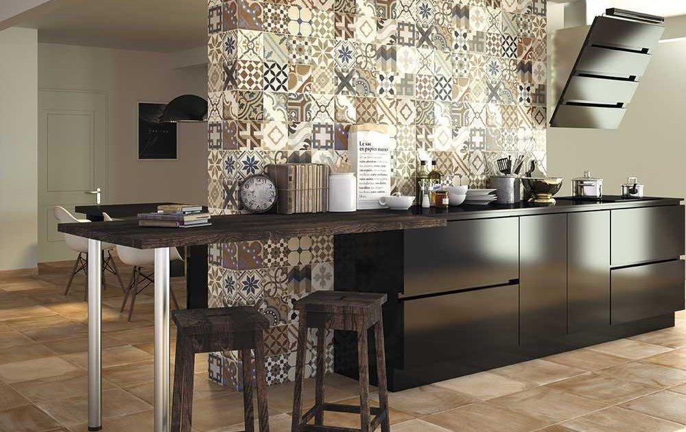 Mercasur estepona almacenes generales marmoles for Articulos para banos y cocinas
