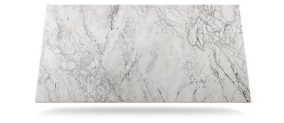 tabla dekton de color gris claro con vetas grises oscuras modelo bergen