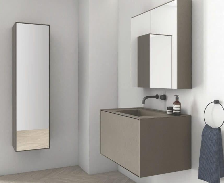 muebles de bano con 1 cajón de color marrón claro y con espejo